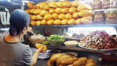 Bánh mì xe đẩy – Món ăn quen thuộc của người Huế