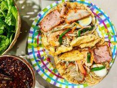 Bánh khoái (bánh xèo) xứ Huế