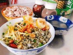 Cơm hến – Món ăn dân dã đậm vị Huế