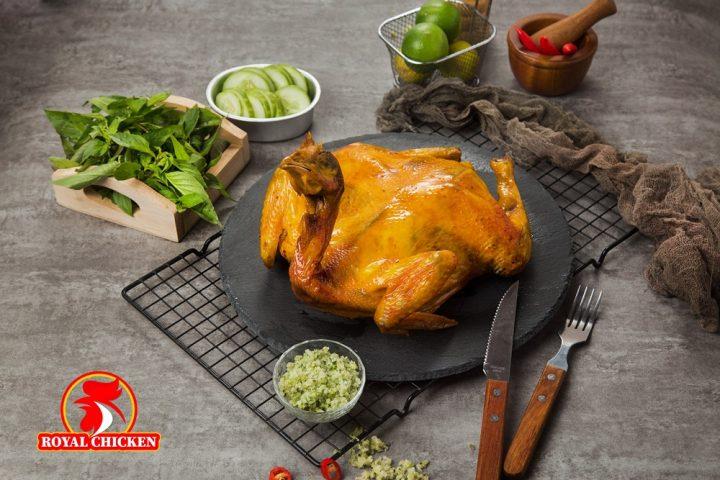 Đến Huế, ăn gà nướng đậm vị hoàng gia – Royal Chicken